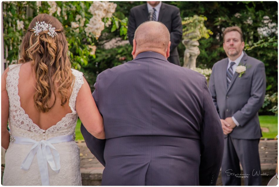 Stephanie Walls Photography 0132 950x636 Genesis Farms and Gardens Wedding of Kelli and Quintin