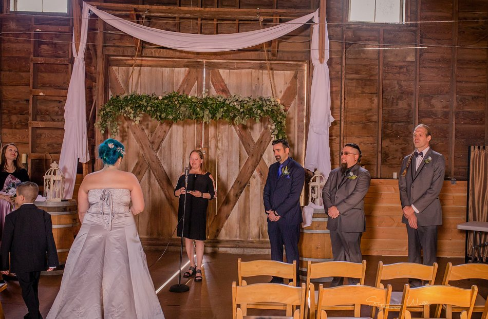 Stephanie Walls Photography 0344 1 950x621 Solstice Barn at Holly Farms Elopement of Ashley and Jordan