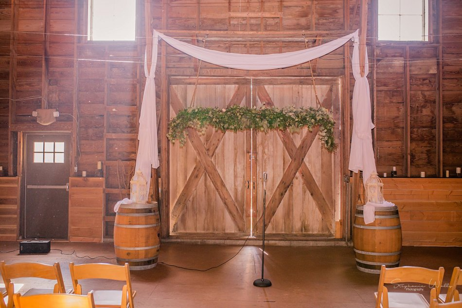 Stephanie Walls Photography 0361 950x633 Solstice Barn at Holly Farms Elopement of Ashley and Jordan
