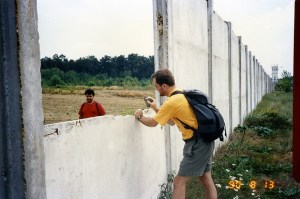 Chipping off a piece of the wall, 1990
