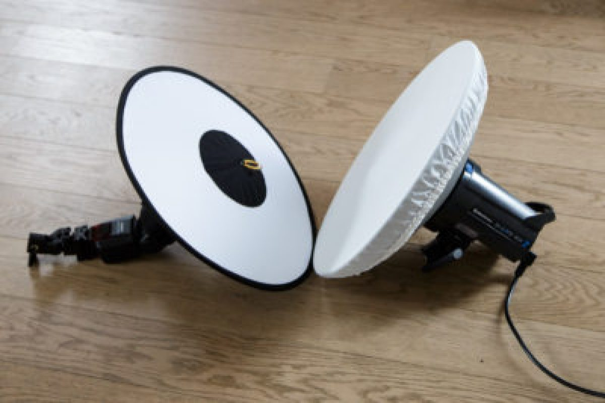 RoundFlash vs. Elinchrom Beauty Dish