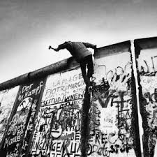 The Fall of the Berlin Wall 27 years later