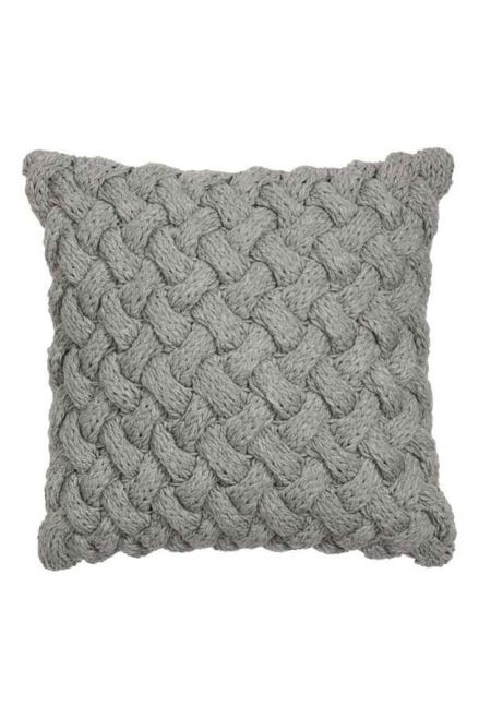 cable-knit-cushion