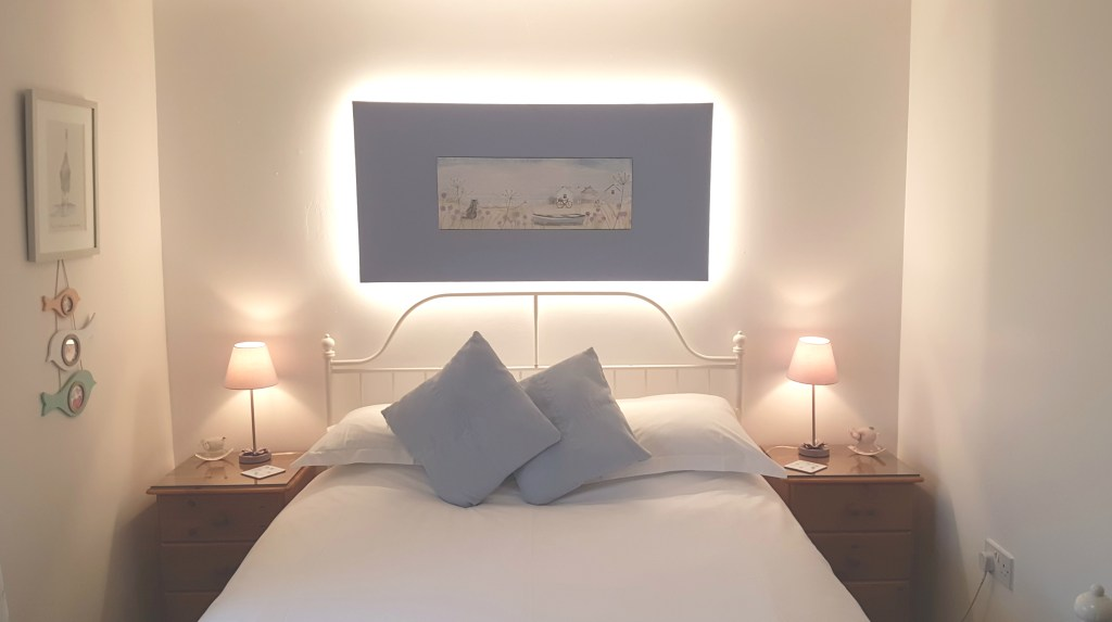 Headboard-light-up