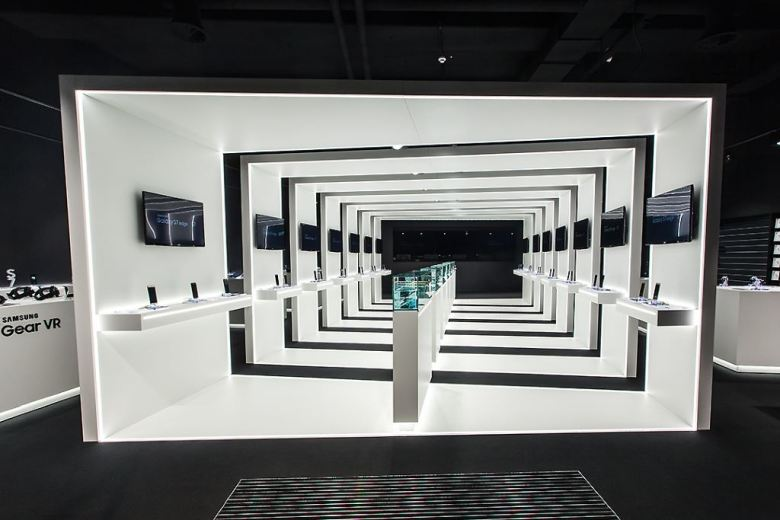 samsung-pop-up-store_02 MWC 2016: Samsung Galaxy S7 & S7 edge vorgestellt + Pop-Up-Store in FFM Gadgets Google Android Samsung Smartphones YouTube Videos