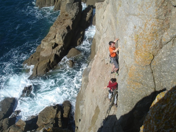 Starting the second pitch of Bishops Rib at Chair Ladder (photo by Paul)