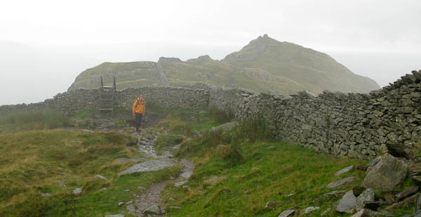 Miserable weather on Low Pike