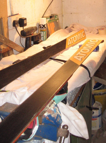 waxing skis