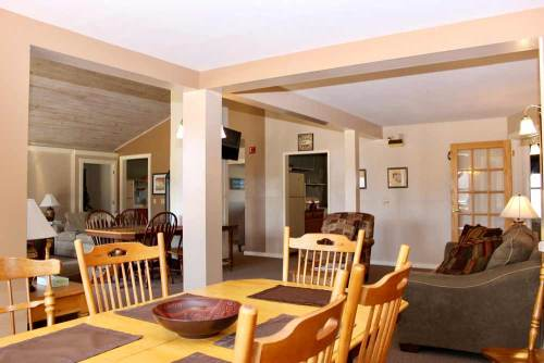 Manfield House open living area with 2 kitchens | Sterling Ridge Resort