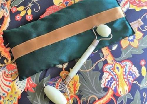 lavender eye pillow von holistic silk emerald