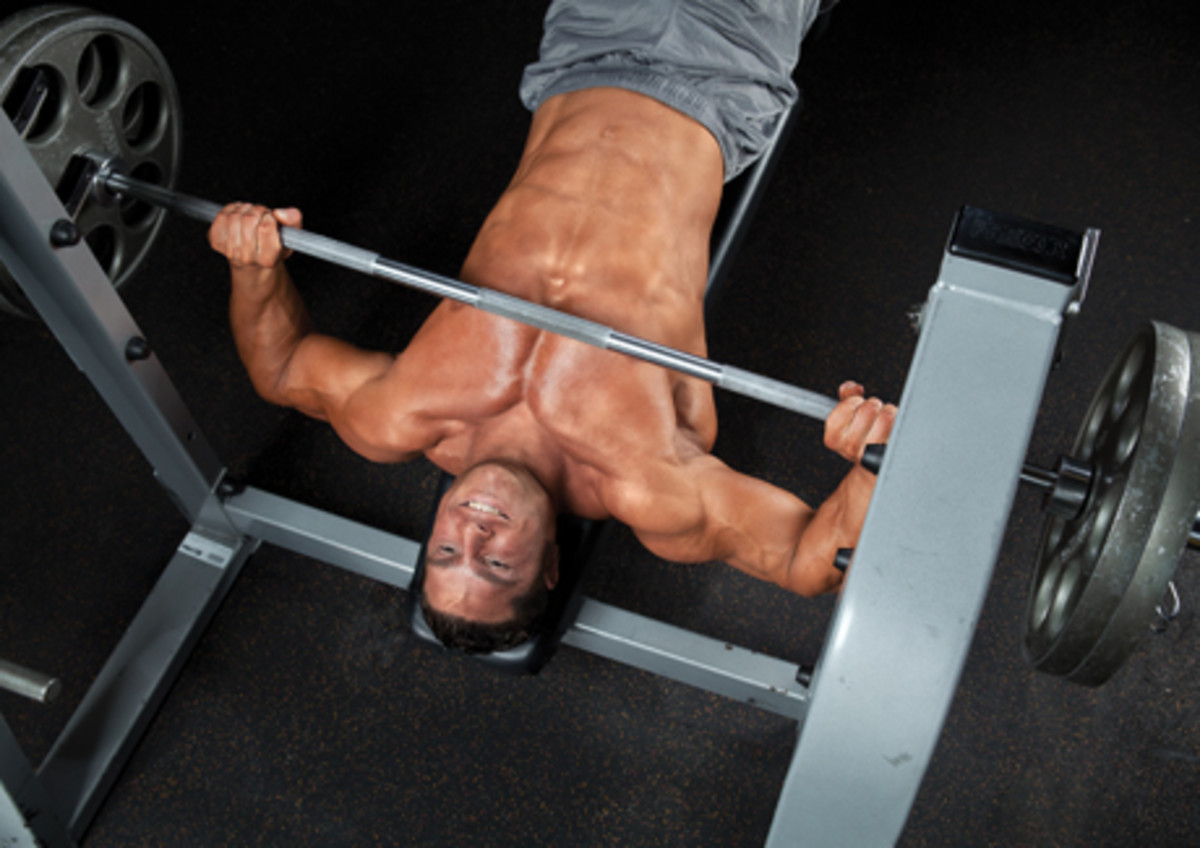 Study Decline Bench The Best For Chest Muscle Growth
