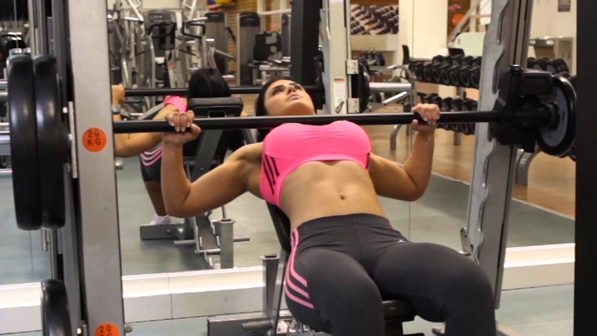 Incline Bench Press Exercise Incline Bench Press For