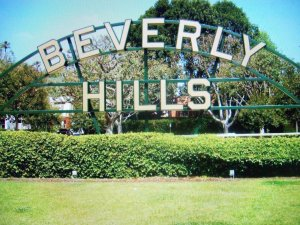 beverly_hills_sign_by_naturebe-d6ujms8