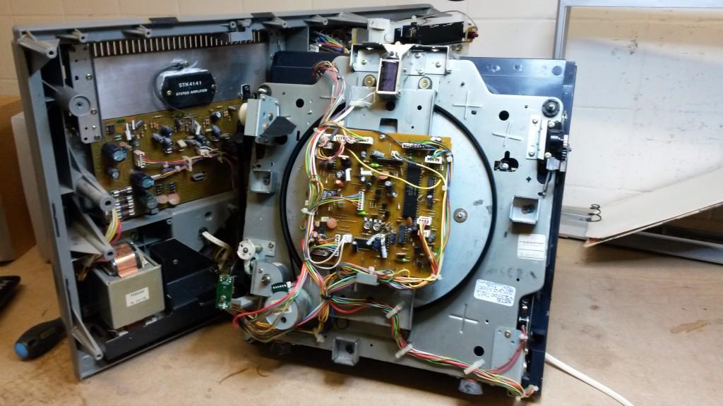 Inside the Sharp VZ3150