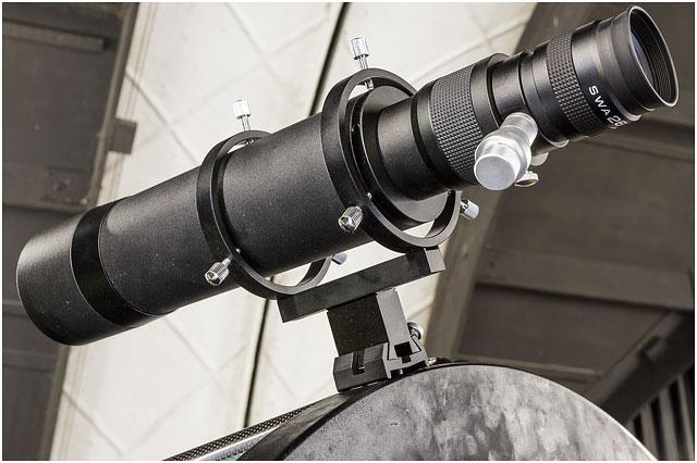 Hampshire Astronomical Group Finderscope Black Metal 24 Twenty Four Inch