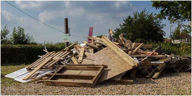 Fox And Hounds Denmead Public House Community Ownership Cooperative Bar Fittings Rubbish