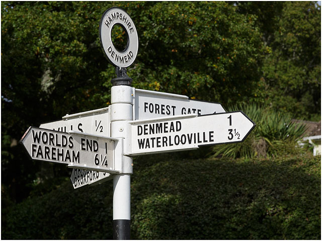 Denmead Waterlooville 'Worlds End' Fareham Forest Gate Hampshire Fingerpost Road Sign