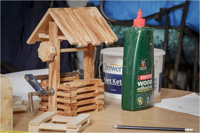 Assembled birdhouse