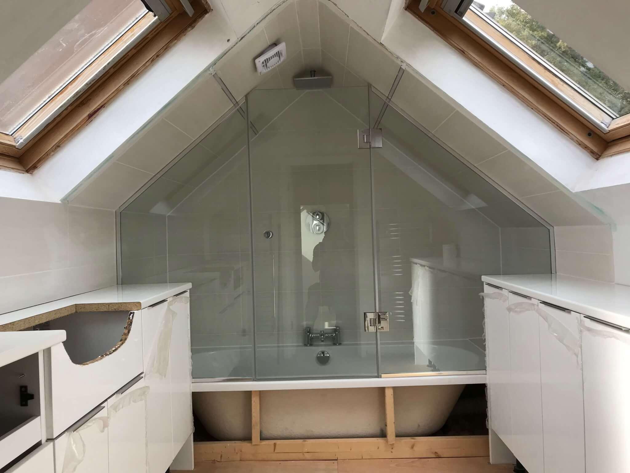Glass Shower Screens  Doors Stevenage  Bath Screens St