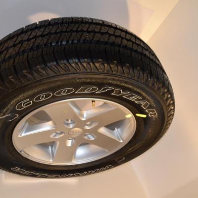 jeep wrangler sport wheels