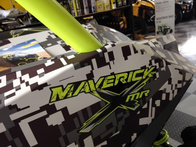 digital camo maverick water dipped manta green up close