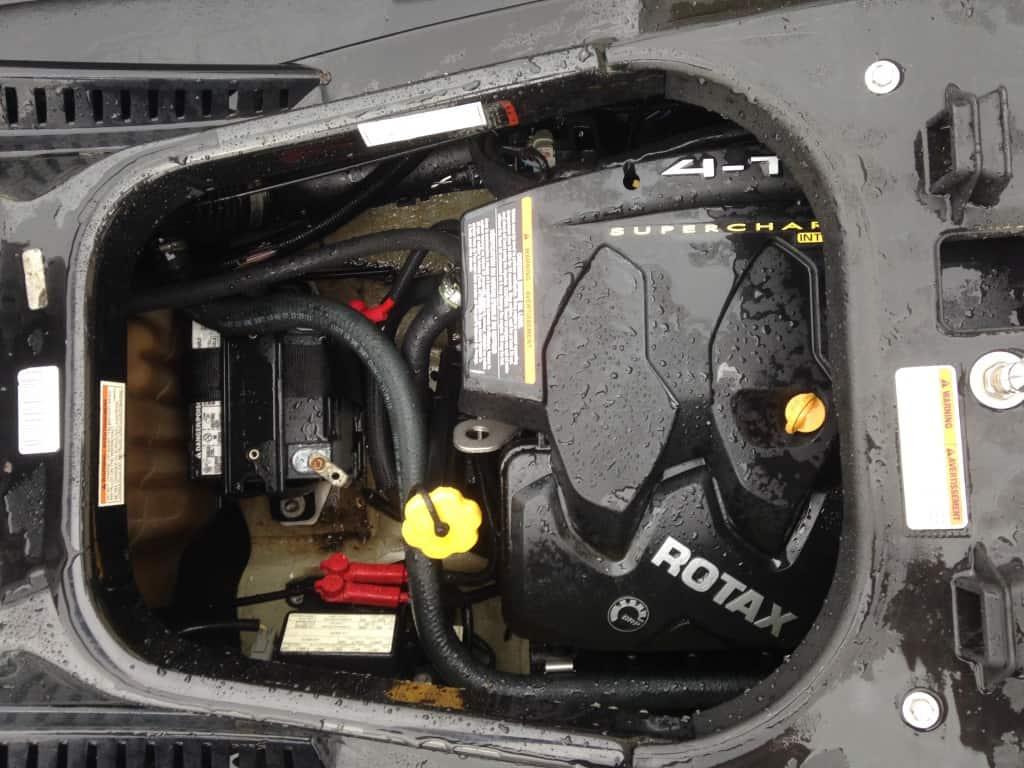jet ski solar panel battery charger