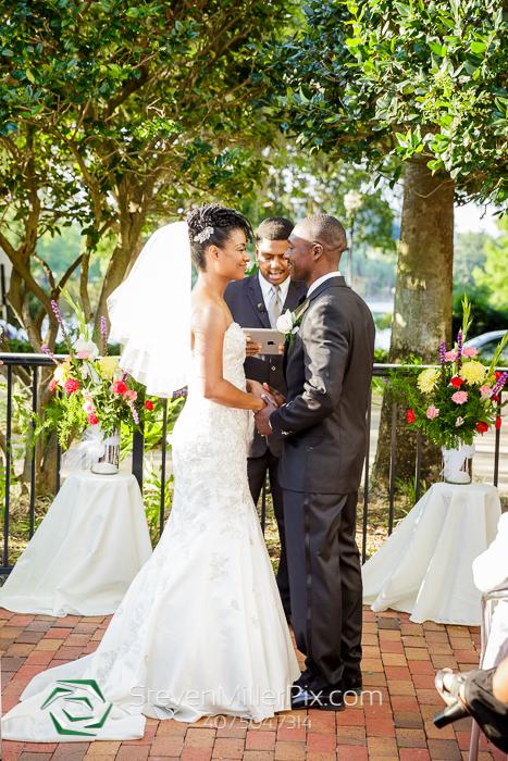 Wedding Photographer in Downtown Orlando 310 Lakeside