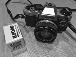 Olympus OM10 & Ilford Delta 3200 Film