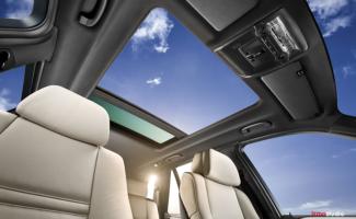 Automotive photography of BMW X5 Sunroof