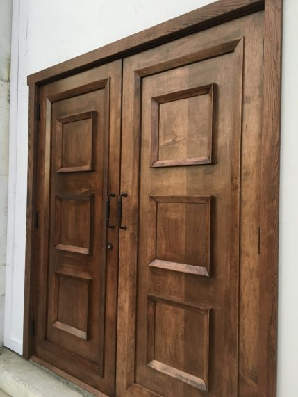 Temporary doors