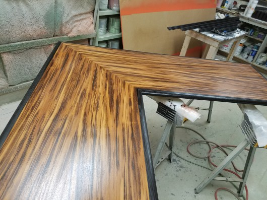 Custom Desk Top