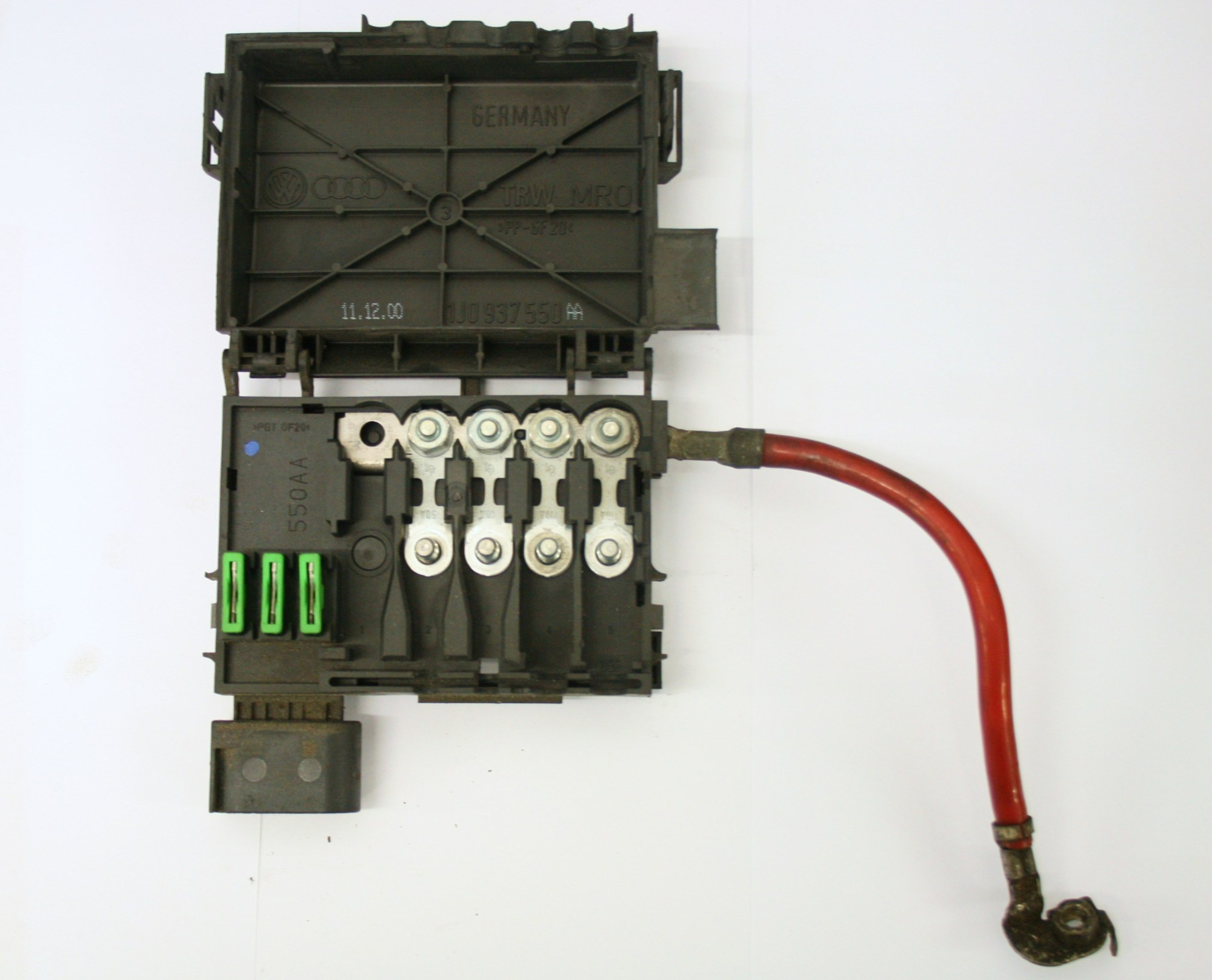 hight resolution of vw golf vw golf mk4 fuse box on top of battery 4 wire type 1j0 937 550 aa 17 99