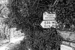 Sign leading to the Chemin de Nietzsche in Eze.