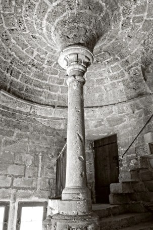 Column at the top of the Grand Staircase in the Château-Vieux, at Lourmarin, France.