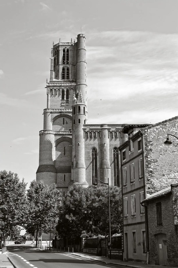 View of the Cathédrale Saine-Cécile, originally built in the 13th century.