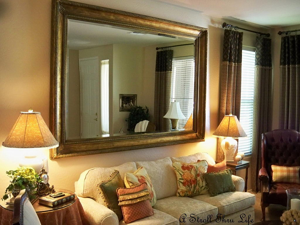 Some Living Room Wall Decor Mirrors Ideas 21 Photo