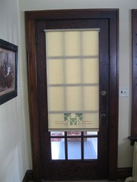 26 Good And Useful Ideas For Front Door Blinds