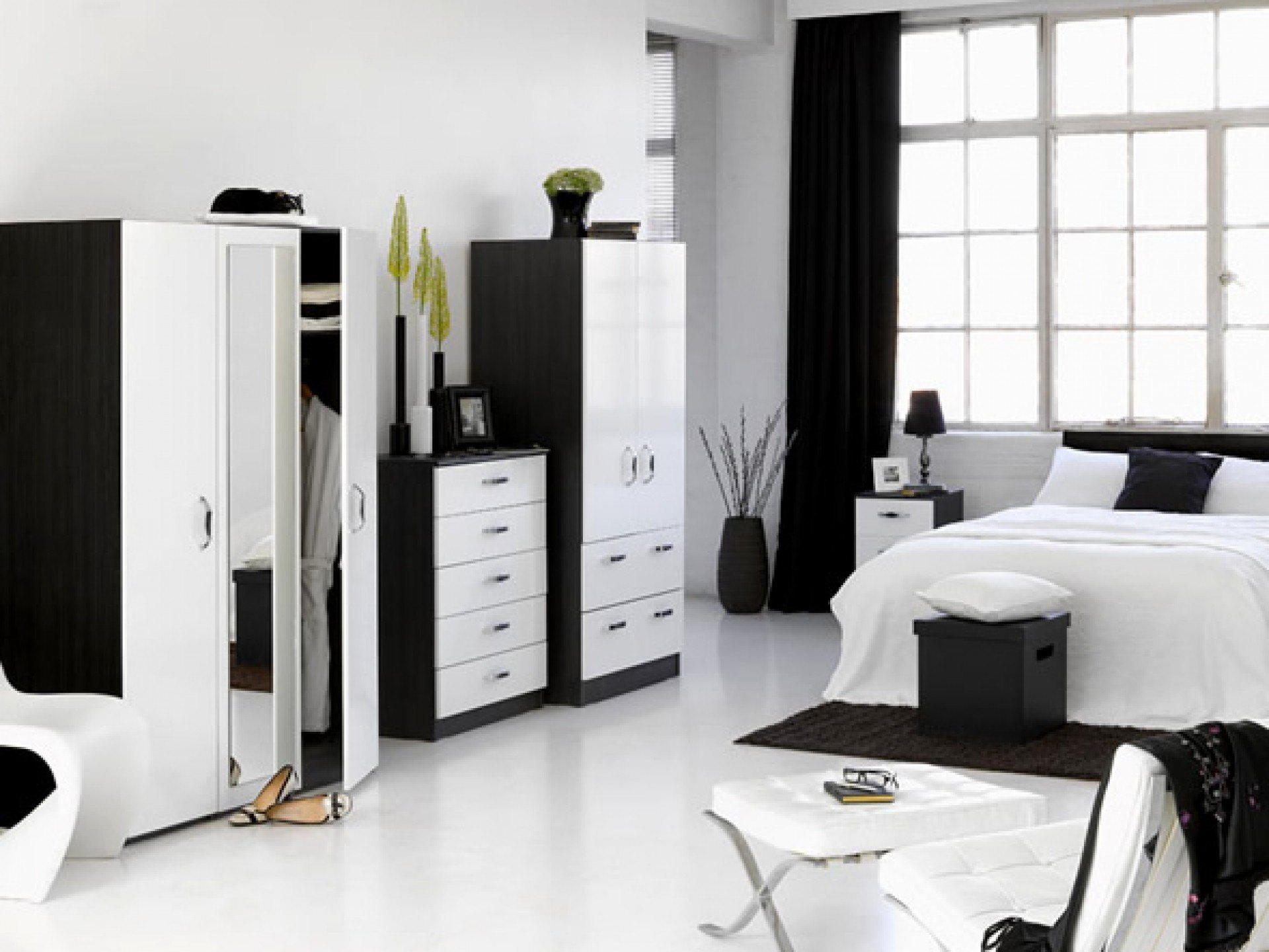 Black And White Bedroom Design Suggestions Interior Design Inspirations