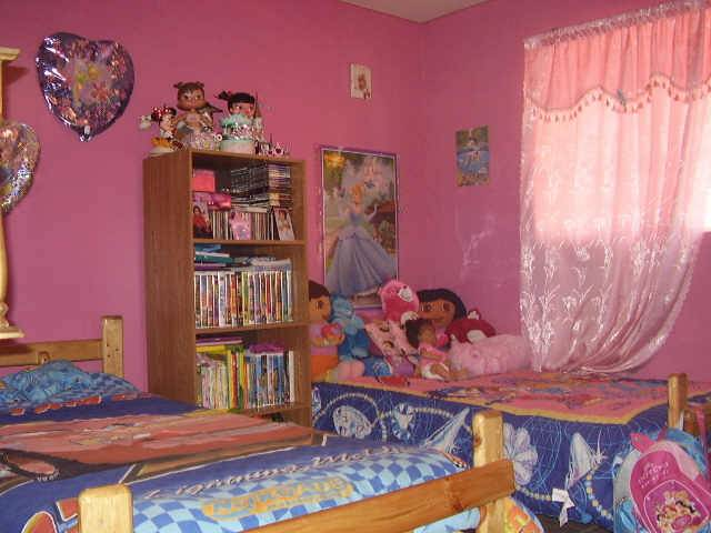 Dora The Explorer Themed Bedroom For Kid Interior