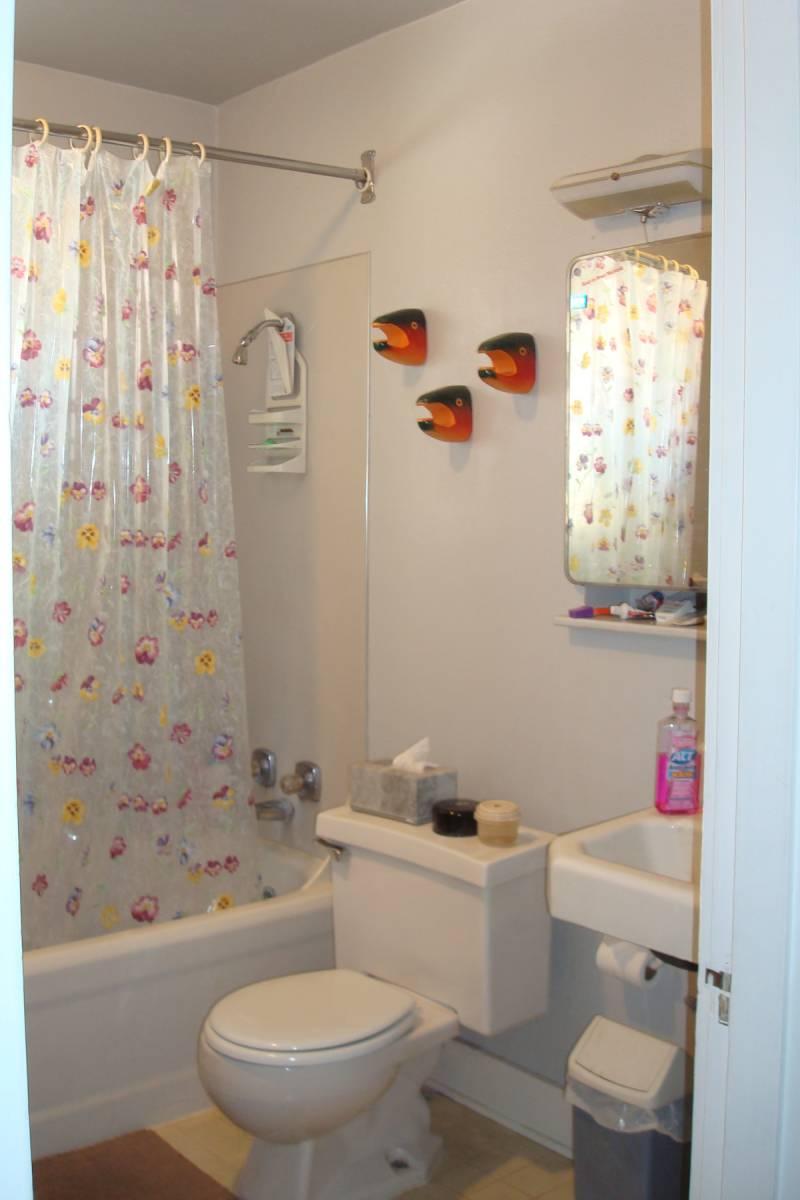 5 Tips For Minimalist Bathroom Interior Design For Small ...
