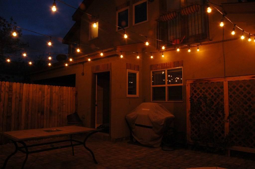 18 Patio Lighting Strings For Your Prfect Backyard