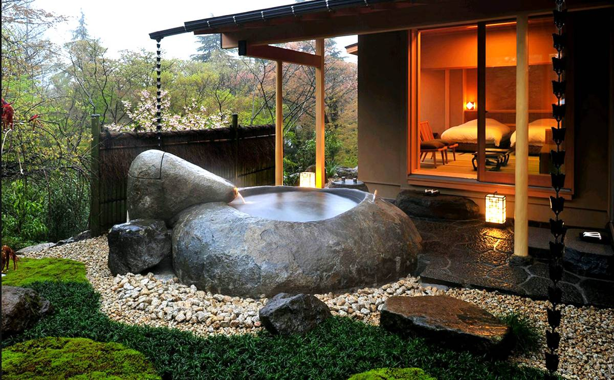 Japanese soaking tubs for small bathrooms as interesting