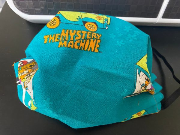 Mystery Machine Face Mask - a face mask with the Mystery Machine and Scooby-Doo and the gang. #Scooby #ScoobyDoo #MysteryMachine