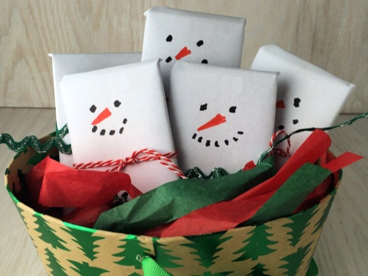 Snowmen Candy Bar Basket