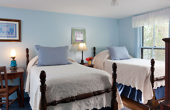 One of the Cottage's bedrooms, with two twin beds