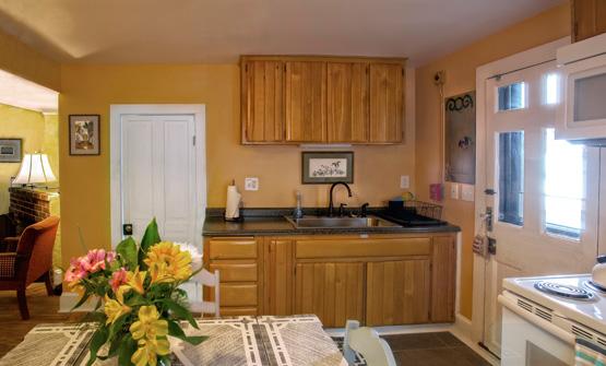 The Cottage Kitchen 555 x 335