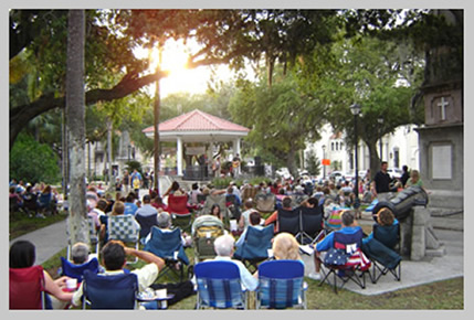 Enjoy Summer Concerts in the Plaza