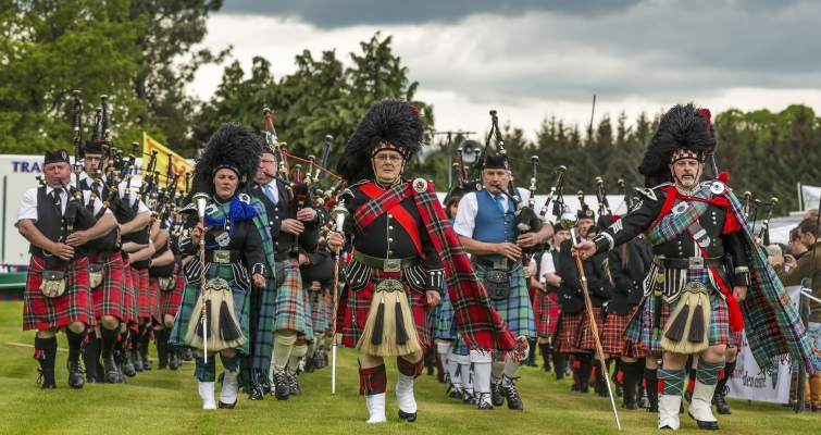 Scottish Music: Pipe Band at Fochabers