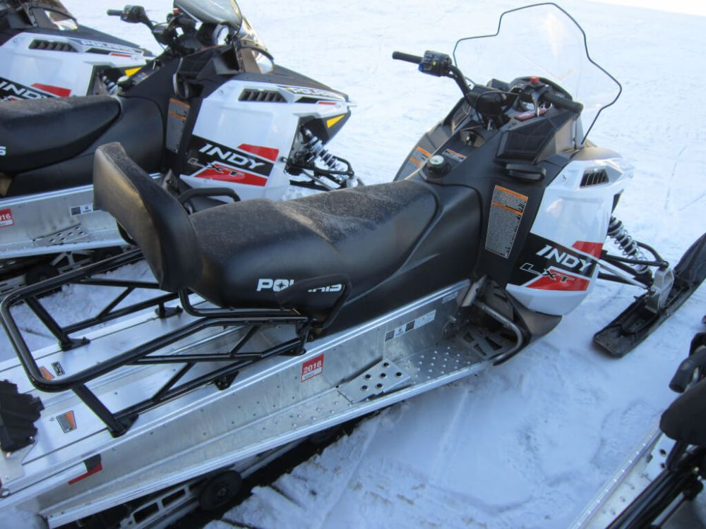 medium resolution of 2015 polaris indy lxt 550 fan electric start reverse two up configuration or one up for 300 more long track 144 miles 3700