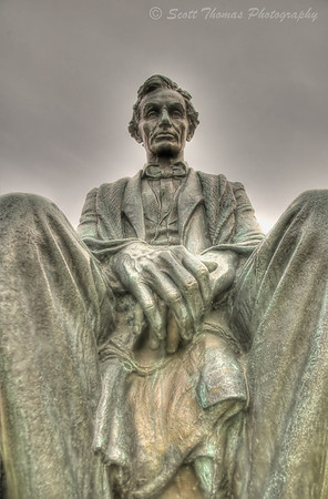 Abraham Lincoln bronze statue in front of Maxwell Hall on the Syracuse University campus in Syracuse, New York.
